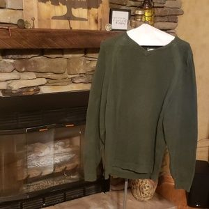 Tommy Bahama V Neck sweater